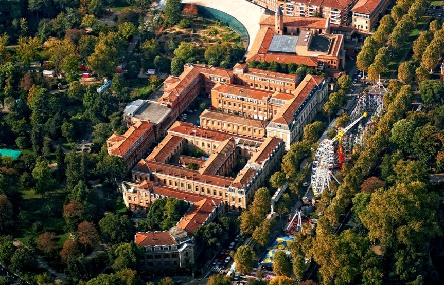图卢兹大学 1 Capitole
